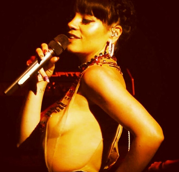 Lilly Allen 3 Nipples photo 26
