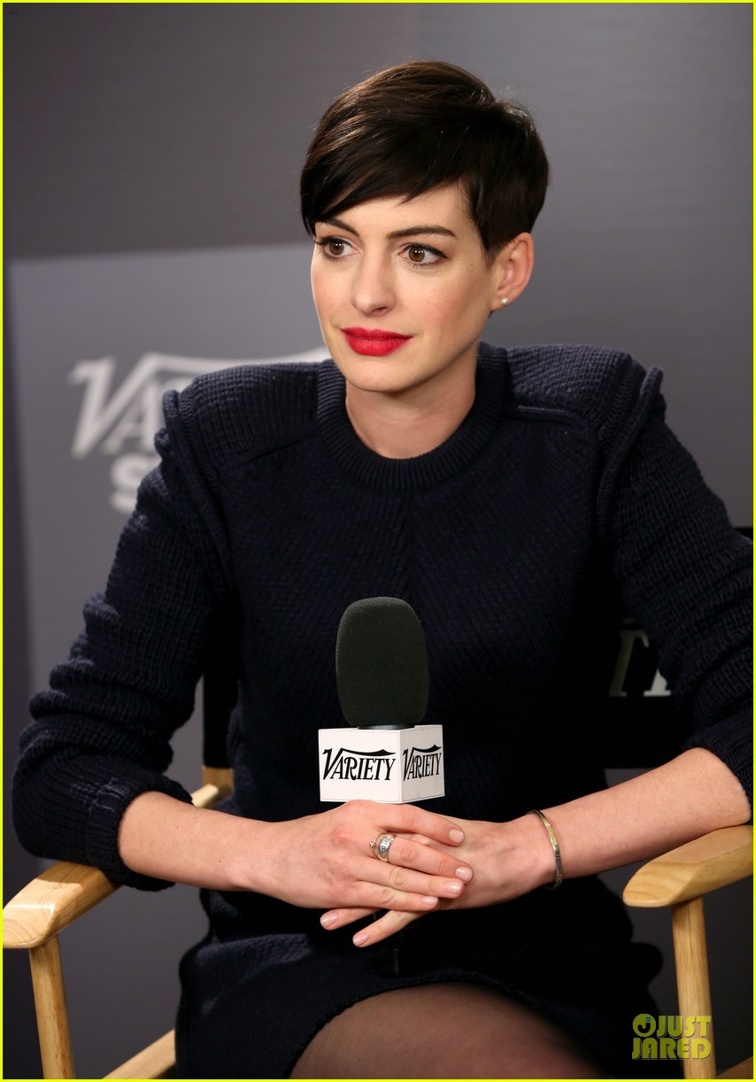 Anne Hathaway Images 2014 photo 6