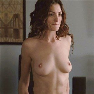 Anne Hathaway Leaked Pictures photo 22