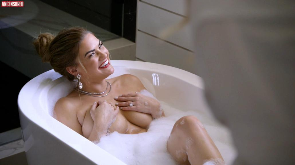 Brittany Cartwright Topless photo 6