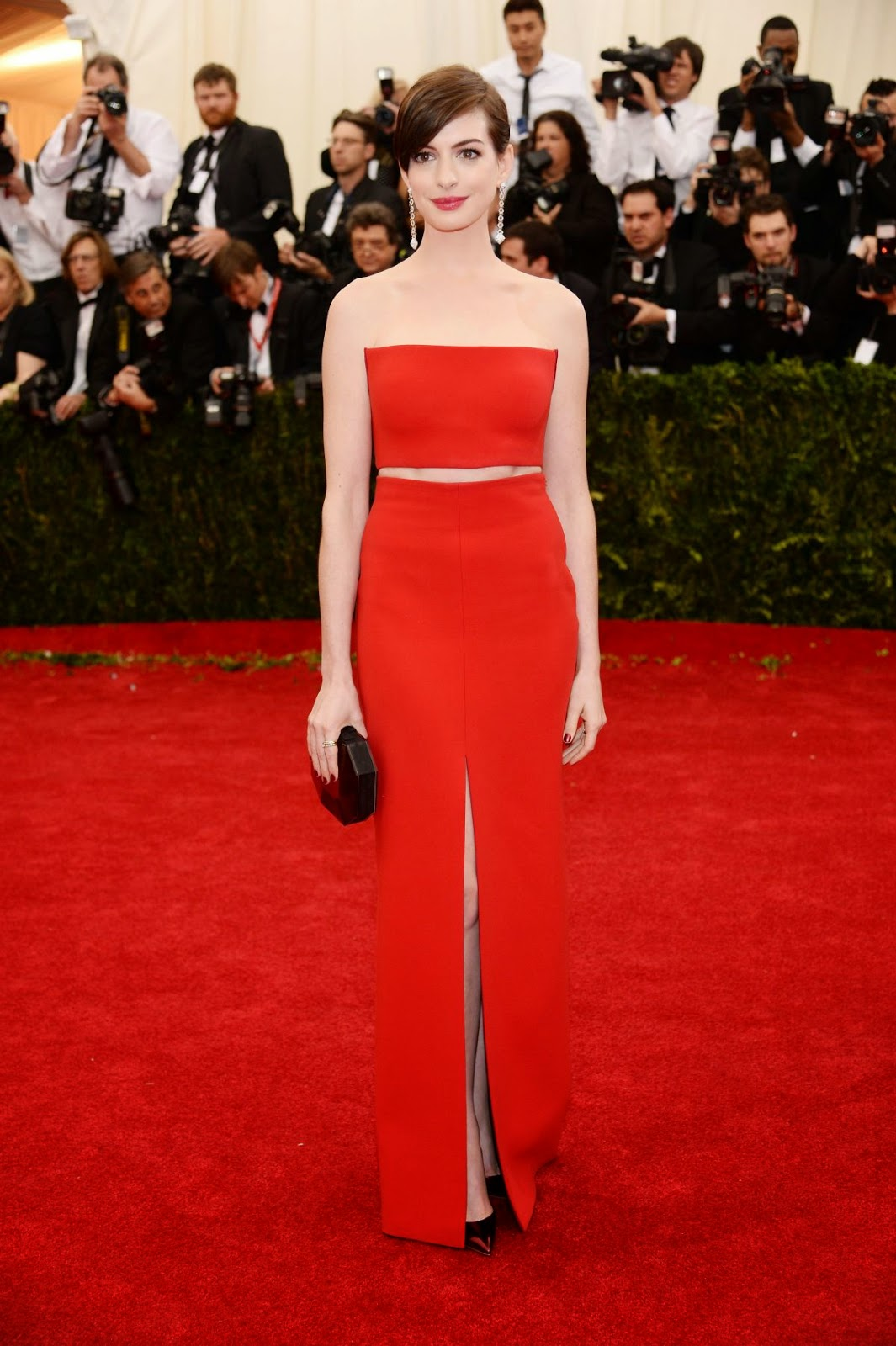 Anne Hathaway Images 2014 photo 30