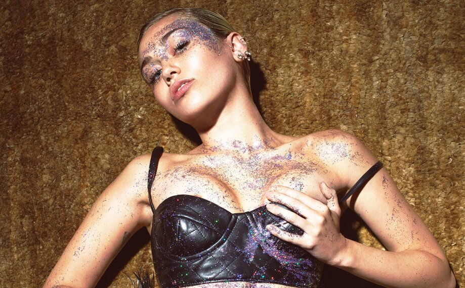Miley Cyrus Pusy photo 30