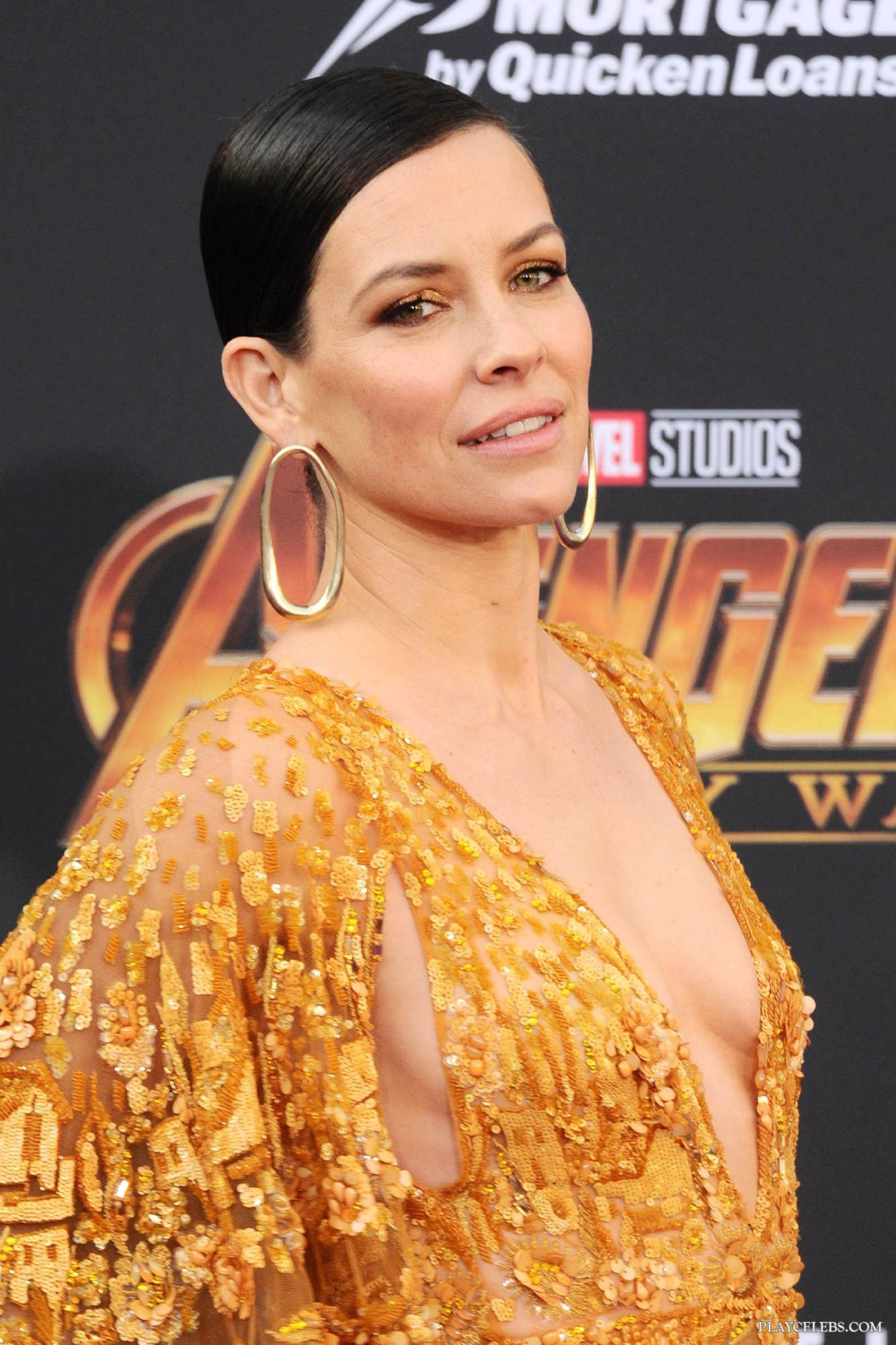 Evangeline Lilly Breasts photo 26