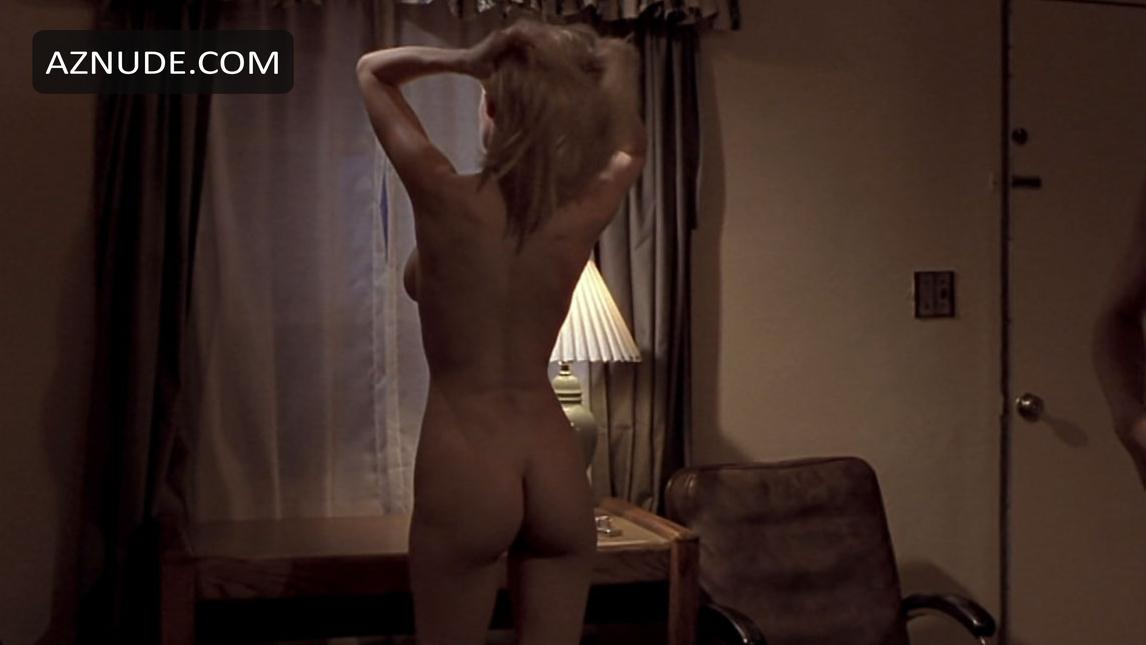 Mosters Ball Sex Scene photo 30