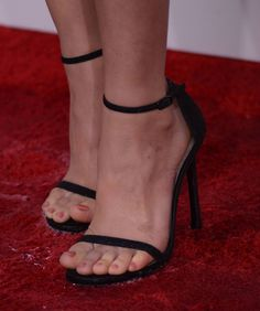 Sexy Celebrity Toes photo 22