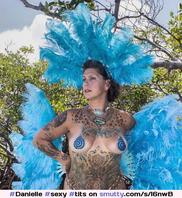 Danielle Colby Tits photo 10