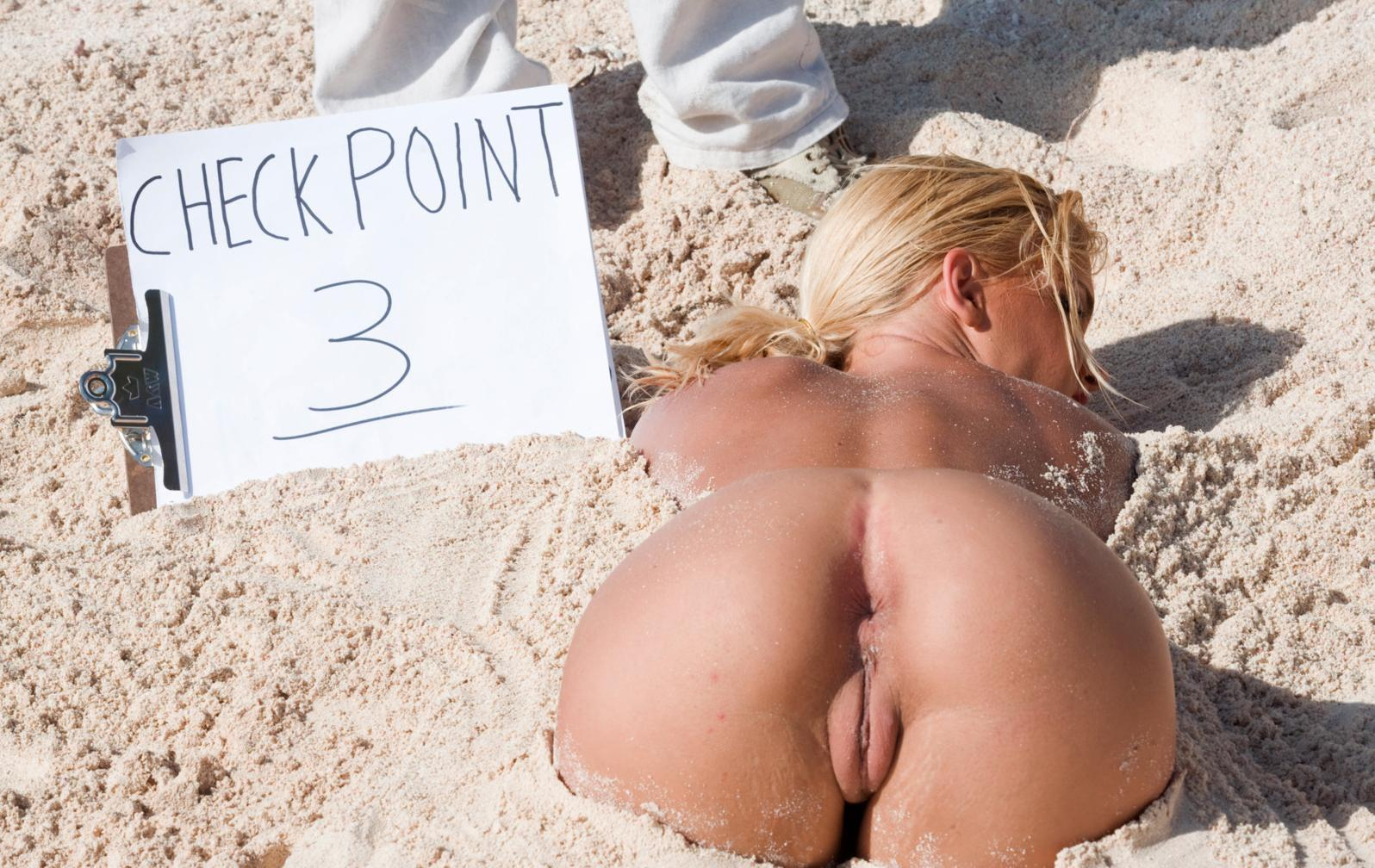Female Volleyball Nude photo 15