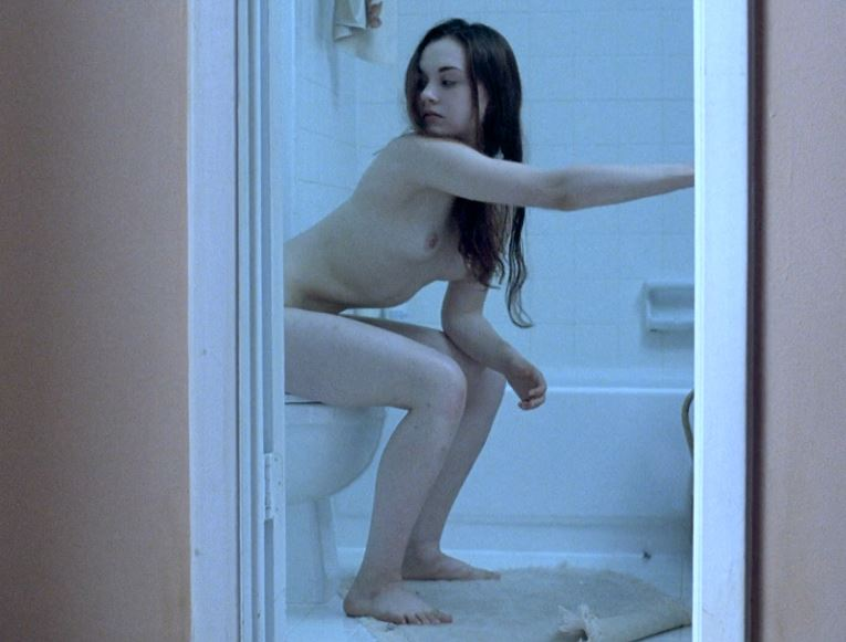 Hot Young Actresses Naked photo 22