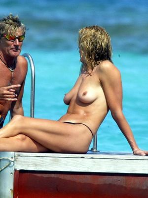 Penny Lancaster Topless photo 5