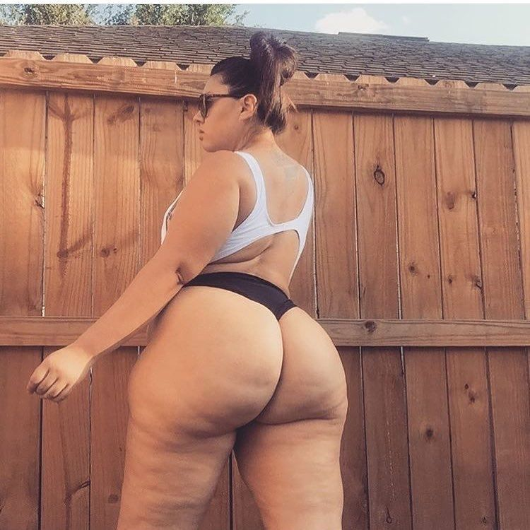 White Girl With A Big Ass photo 27